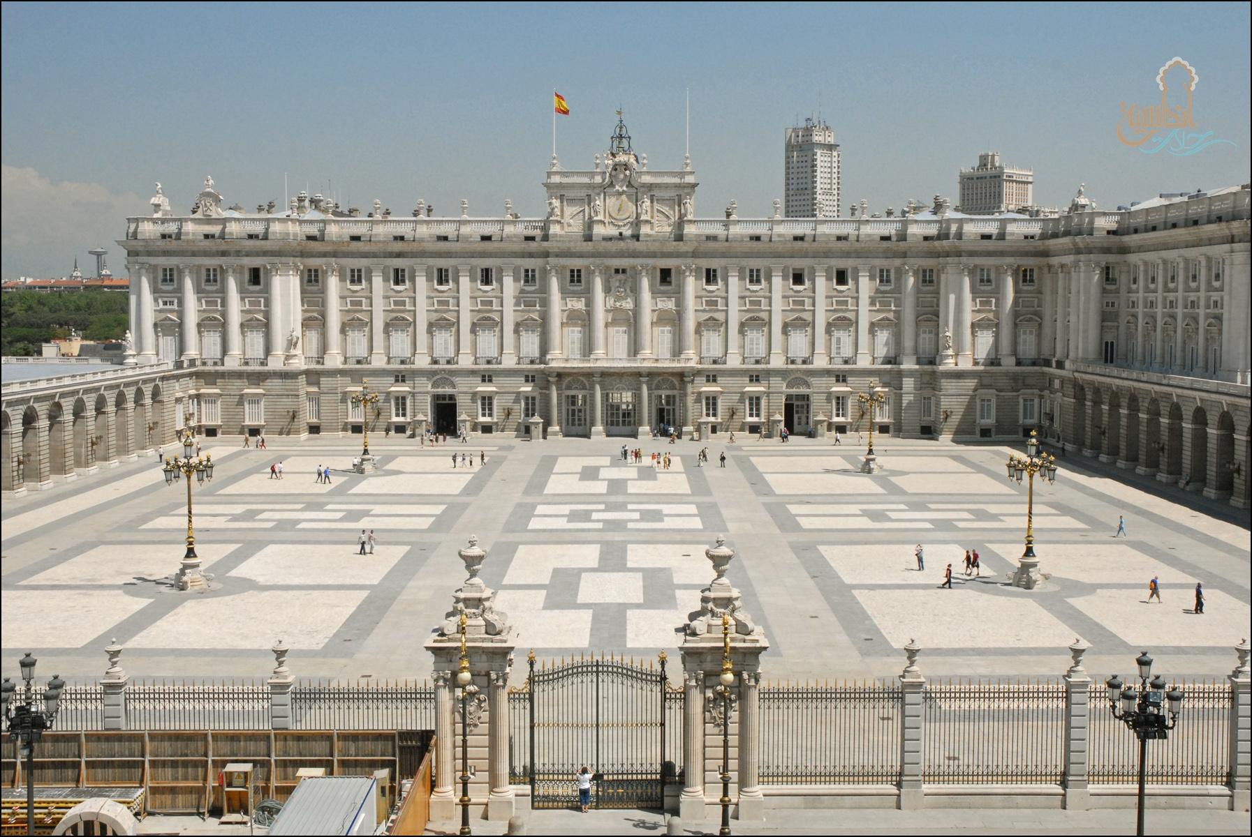 قصر مدريد الملكي Palacio Real de Madrid