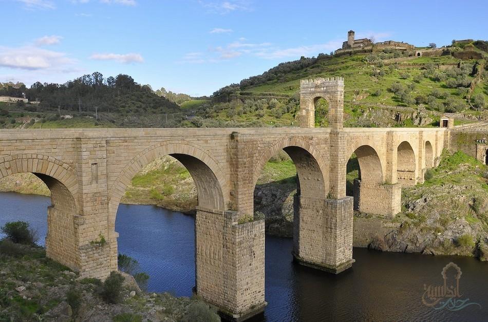 القنطرة puente de Alcántara