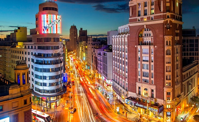 Gran-Via_Madrid-شارع جران بيا