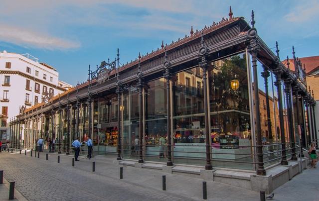 mercado_sanmiguel-سوق سان ميجل
